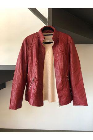 jaqueta-vermelha-couro